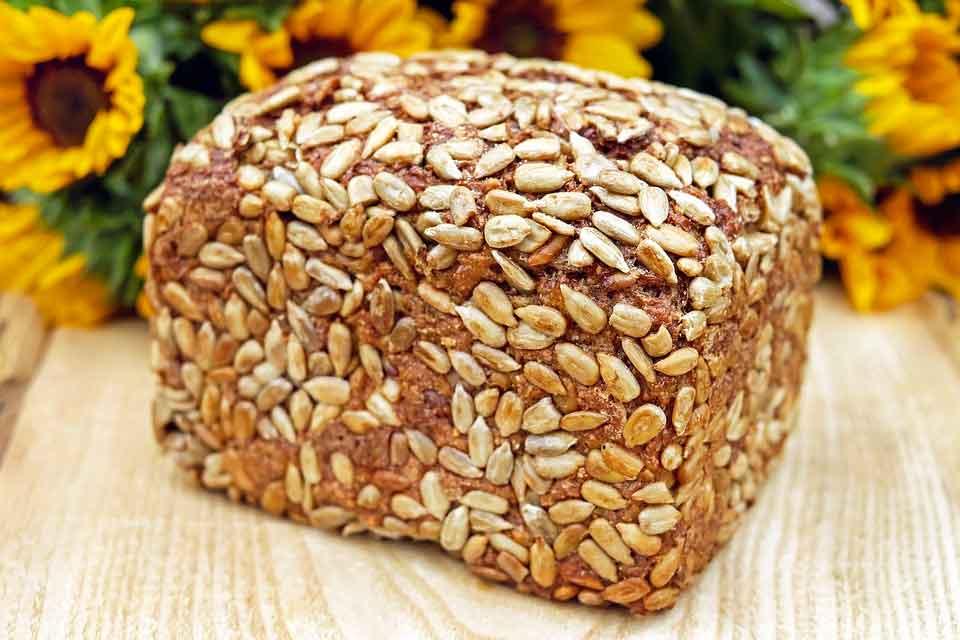 alimentos ricos em fibras - Pão de Aveia
